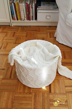 How to cover a lampshade with a sweater