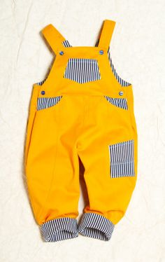 Love to colours of these dungarees!