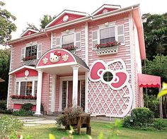 Is this Hello Kitty Heaven... or Hello Kitty Hell? Would you spend the night?!?