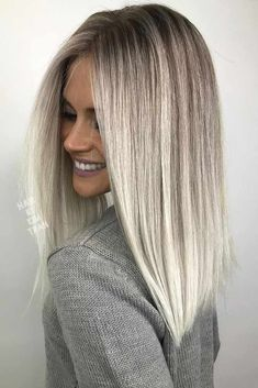 A platinum hair color is literally the lightest among all the other blonde hues. The more versatile your hair, the more flattering and, therefore, more popular. #haircolor #platinumhair #platinumblonde #hairhighlights