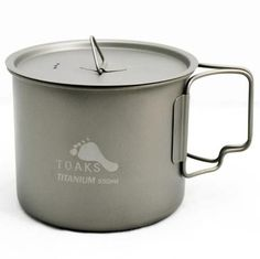 The Toaks pot canteen cup is truly an excellent piece of kit It has so much going for it and has been really well thought out for the outdoor Vintage Fashion Photography, Well Thought Out, Survival Knife, Things To Come, Handle, Cooking, Tableware, Canteen