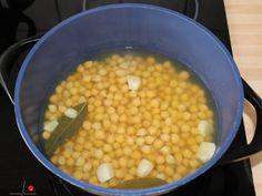 Csicseriborsó főzelék recept lépés 3 foto Chana Masala, Vegetables, Ethnic Recipes, Food, Veggies, Veggie Food, Meals, Vegetable Recipes, Yemek