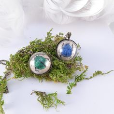 atelier Brocante Necklace embroidered TERRARIUM, green beetle, scarab