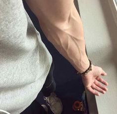 Image about boy in Arm veins💦 by SGhoney on We Heart It Veiny Arms, Arm Veins, Beauté Blonde, Daddy Aesthetic, Tumblr Boys, Male Body, Hot Boys, Human Body, Pretty Boys
