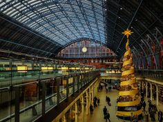 So many good memories at this station -- Christmas in London by CC Chapman