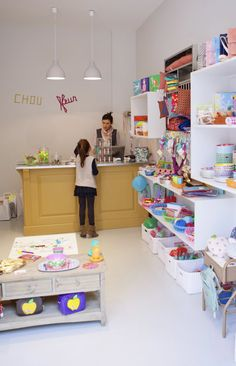Children's boutique, Chou fleur, Paris.