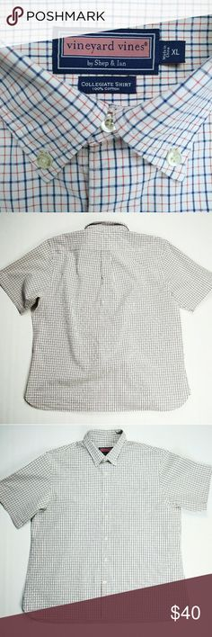 "Vineyard Vines Short Sleeve Button Down Shirt XL Vineyard Vines Short Sleeve Button Down Collegiate Shirt 100% Cotton  sz. XL APPROXIMATE MEASUREMENTS  LENGTH 30"" Underarm to underarm 26"" Shoulder to shoulder 20"" Sleeve 11"" EXCELLENT PRE-OWNED CONDITION  PETS AND SMOKE FREE HOUSE WILL SHIP WITHIN 24 HOURS FROM CLEARED PAYMENT Vineyard Vines Shirts Casual Button Down Shirts"