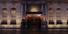 Outro dia indiquei o restaurante Berner's Taverns por aqui e comentei rapidamente sobre o London Edition que é o hotel que hospeda o restaurante. Mas não poderia deixar de lado o décor do Hotel que, assim como o restaurante, é um caso a parte. Ainda mais que nós todas amamos o assunto décor, verdade? 😉 …