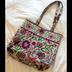 Vera Bradley Bag Vera Bradley Bag. Good condition. 3 pockets on the inside. Small stain on inside. straps show wear. Price reflects imperfections. Vera Bradley Bags Shoulder Bags