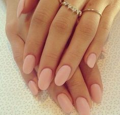 I love this colour on my nails | www.ScarlettAvery.com