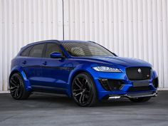 """Receive fantastic pointers on """"sporty auto"""". They are actually accessible for you on our internet site. Jaguar Suv, New Jaguar, Jaguar Land Rover, Suv Cars, Car Car, Electric Bikes Uk, Carros Suv, 4x4, Sport Suv"""
