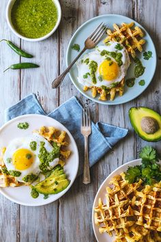 Jalapeño Cheddar Waffles With Homemade Hot Sauce And Fried Eggs recipe by honestlyyum [sf + la] Healthy Foods To Eat, Easy Healthy Recipes, Healthy Eating, Healthy Breakfasts, Brunch Recipes, Breakfast Recipes, Breakfast Ideas, Egg Recipes, Quick Healthy Breakfast