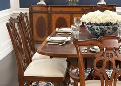 Stimulate guests' appetite by setting the table with dining décor.
