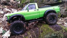 Axial Scx10 Toyota Hilux  #rc #rctruck #rctrial #axial #axialracing #scx10 #toyota #toyotahilux #hilux #rc4wd #gmade #rccrawling