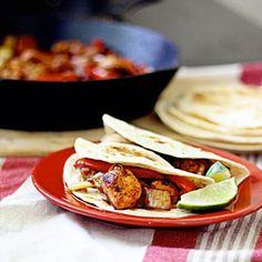 Easy Chicken Fajita Tacos