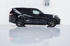 Used Santorini Black Land Rover Discovery for Sale Land Rover Discovery Hse, Discovery 5, Range Rover Supercharged, Jaguar Land Rover, Roof Rails, Car Stuff, Pickup Trucks, Santorini, Carbon Fiber