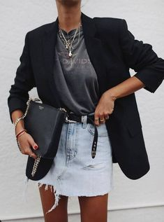 Summer to Fall outfit! Use a blazer to keep the chill at bay Summer to Fall outfit! Use a blazer to keep the chill at bay Edgy Fall Outfits, Mode Outfits, Casual Outfits, Summer Outfits, Dress Outfits, Dresses, Denim Skirt Outfits, Dress Shoes, Blazer Fashion