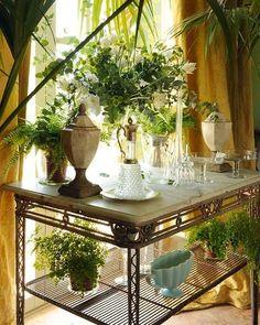 Casa en Sotogrande, Cádiz: Composición de jarrones con flores
