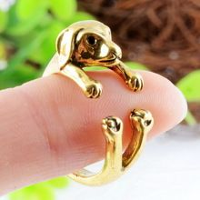 Daca iubeste animalele, ai putea sa ii oferi un astfel de inel. Daca vei sa o impresionezi...www.valmand.ro este singura solutie
