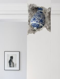Shan Hur Broken Pillar, 2012 Concrete, timber, vase 30 x 30 x 278 cm Art Concret, Concrete Art, 3d Artwork, Art 3d, Environmental Graphic Design, Mood Colors, A Level Art, Commercial Interior Design, Installation Art