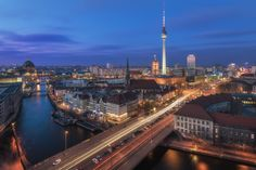 https://flic.kr/p/22wgP2C | Berlin - Skyline Classic | © by Jean Claude Castor I 030mm - Photography I 030mm-Travel  I processed this pic in Lightroom CC Classic only. If you want to know how I did that, feel free to check out my free tutorial videos on my homepage :  030mm-photography.com/lr-tutorial-grundlagen-workflow-in-...
