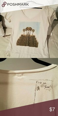 O'Neill Deep V-neck T Beachy O'Neill Deep V-neck with palm tree print O'Neill Tops Tees - Short Sleeve