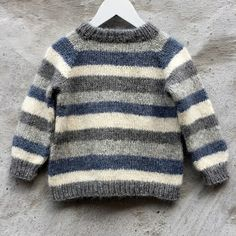 Brother / Brormand Sweater pattern by PixenDk - mediumhair. Brother / Brormand Sweater pattern by PixenDk – mediumhaircut Boys Knitting Patterns Free, Baby Sweater Patterns, Baby Cardigan Knitting Pattern, Knit Baby Sweaters, Knitting For Kids, Knitting Sweaters, Boys Sweaters, Knitting Ideas, Barn