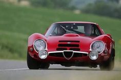 1967 Alfa Romeo designed by Zagato - its a low. car alfa romeo Yep, the most interesting cars in the world. Alfa Cars, Alfa Romeo Cars, Vintage Racing, Vintage Cars, 32 Ford, Ford Gt, Roadster, Best Classic Cars, Car In The World