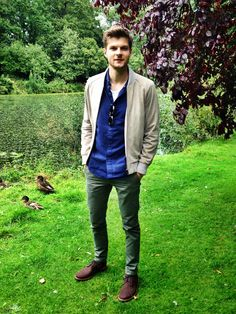 Jim Chapman 8th Grade Outfits, Stylish Men, Men Casual, Jim Chapman, Boy Fashion, Mens Fashion, Outing Outfit, Masculine Style, Well Dressed Men