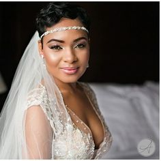 That's a gorgeous bridal portrait! Headpiece Wedding, Bridal Headpieces, Wedding Veils, Black Brides Hairstyles, Wedding Hairstyles, Wedding Attire, Wedding Dresses, Short Wedding Hair, Wedding Beauty