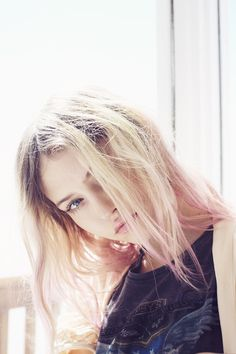 """momongamon: """" Charlotte Free by Zoey Grossman """" Blonde Hair Girl, Pink Hair, Charlotte Free, Cute Beauty, People Photography, Hair Inspo, Pretty People, Supermodels, Hair Makeup"""