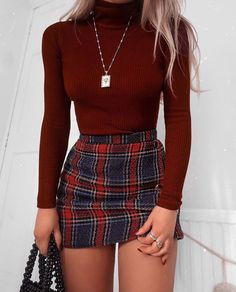48 Cool Back to School Outfits Ideas for the Flawless Look cute casual outfits - Casual Outfit Teen Fashion Outfits, Mode Outfits, Look Fashion, Fashion Clothes, Fashion Women, Fashion Ideas, Skirt Fashion, Fashion Belts, Style Clothes