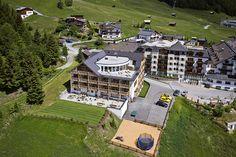 Urlaub im Familienzimmer oder Komfort-Zimmer in Serfaus-Fiss-Ladis in Tirol-Skidimension. Natürlich – Hotel in Fiss mit pistennähe