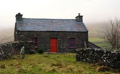 Old Irish cottage - reminds me of a famine cottage I visited in the west of Ireland. Irish Cottage, Cozy Cottage, Cottage Homes, Stone Cottages, Cabins And Cottages, Stone Houses, Beautiful Homes, Beautiful Places, Old Irish