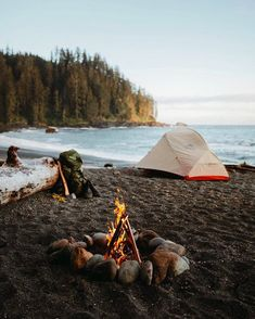 World Camping. Camping Advice For Those Who Love The Outdoors. Camping is a great choice for your next vacation if you want to really enjoy yourself. To get the most from your next camping trip, check out the tips in t Camping And Hiking, Camping Ideas, Camping Places, Camping Spots, Camping Life, Outdoor Camping, Camping 101, Beach Camping, Camping Essentials