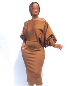 Latest African Fashion Dresses, African Print Fashion, Women's Fashion Dresses, Classy Work Outfits, Classy Dress, Chic Outfits, Elegant Dresses, Pretty Dresses, Casual Dresses