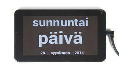 Vuorokausikalenteri kertoo muistisairaalle, onko nyt yö vai päivä; pitääkö mennä nukkumaan tai saako jo herätä. Vuorokausikalenteri näyttää vuorokaudenajan sanoina. Myös viikonpäivä, päivämäärä, kuukausi ja vuosi näkyvät näytöllä.  Suuri kirjasinkoko ja hyväkontrastinen näyttö parantavat tekstin luettavuutta.  Suomi, ruotsi ja englanti kielivaihtoehtoina. Klikkaa kuvasta lisätietoihin!