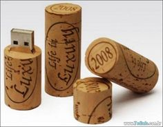 Custom printed USB Flash Drive - WINE CORK These wine cork shaped USB Flash Drives are an excellent marketing tool for wineries, wine shops, and wine lovers around the world. This style feature. Wine Gadgets, Cool Gadgets, Pen Drive Usb, Usb Flash Drive, Cork Crafts, Gifts For Wine Lovers, Diy Electronics, Iphone, Upcycle