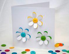 Knop bloemen kaart - handgemaakte wenskaarten - papier snijbloemen - lege kaart - verjaardagskaart - dank u roos - gepersonaliseerde kaart Deze gewoon mooi kaart is gemaakt door het snijden van zorgvuldig uit de individuele bloemblaadjes op de bloemen te tonen van de kleuren onder en afgewerkt met een mooie knop centrum. Kleuren zal variëren afhankelijk van welke knoppen ik op voorraad hebben. Vraag als u specifieke kleuren wilt en ik mijn best doen zal om te leveren die. Al mijn kaarten…