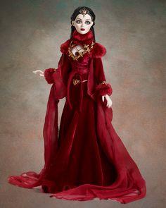 Séance Serenade - Dressed Dolls - Evangeline Ghastly - Wilde Imagination