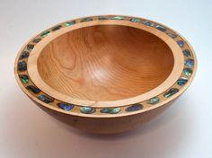 Wood Bowl With Shell Inlay By Kathy Daub #woodbowl #shell #pearl #inlay #woodturnings