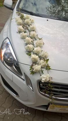 ↗️ 85 Pretty Wedding Car Decorations Diy Ideas 6344 Best Picture For wedding cars bow For Your Taste You are looking for something, and it is going Wedding Getaway Car, Wedding Cars, Wedding Bouquets, Wedding Flowers, Bridal Car, Wedding Car Decorations, Wedding Trends, Most Beautiful Pictures, Wedding Photos