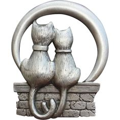 This item is 50% off until Monday, August 3 at 8:00 a.m. PST Vintage Cat Lovers Brooch J.J. Pewter Minty Jonette