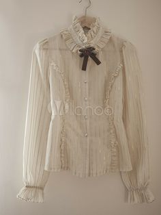 Steampunk ladies clothing tops, shirts and blouses for sale online. Crop tops, corset tops, shrug jackets, and lace blouses in steamy Victorian colors. Victorian Blouse, Victorian Fashion, Gothic Fashion, Moda Lolita, Vintage Dresses, Vintage Outfits, Modelos Plus Size, Japanese Street Fashion, Beautiful Blouses