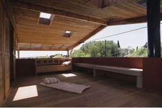 Réalisé par l'agence Les comptoires de l'architecture    Construction de maison - Terrasse  Retrouvez les réalisations de l'agence sur Archidvisor