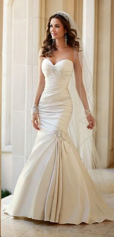 Stella York Spring 2015 Bridal Collection - Belle the Magazine. WEDDING VEIL The dress style is just overused. 2015 Wedding Dresses, Bridal Dresses, Wedding Gowns, Lace Wedding, Wedding Cakes, Wedding Rings, Trendy Wedding, Spring Wedding, Dresses Dresses