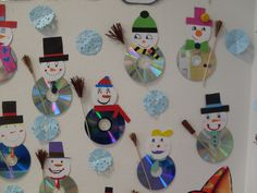 This Pin was discovered by Yas Diy Crafts With Cds, Kids Crafts, Preschool Crafts, Christmas Ornament Crafts, Snowman Crafts, Felt Ornaments, Winter Art Projects, Christmas Activities, Art Activities