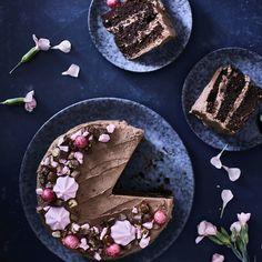 Geisha-kakku | Maku A Food, Food And Drink, Sweet And Salty, Something Sweet, Party Cakes, Let Them Eat Cake, Geisha, No Bake Cake, Food Inspiration