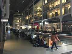 Apple's iPhone 6 And 6 Plus Go On Sale To Long Lines Of Fans | TechCrunch