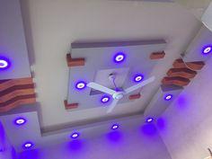 Simple False Ceiling Design, Gypsum Ceiling Design, Interior Ceiling Design, House Ceiling Design, Ceiling Design Living Room, False Ceiling Living Room, Bedroom False Ceiling Design, Ceiling Light Design, Roof Design